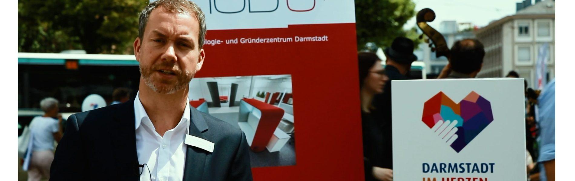 Header Bild Michael Kolmer, Geschäftsführer von Darmstadts Technologie- und Gründerzentrum HUB 31,im Video