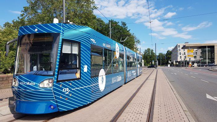 Kooperationsprojekt stellt Forschungs-Straßenbahn zum automatisierten Fahren vor