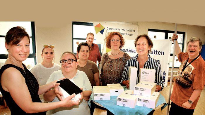 Digitalstadt Darmstadt rüstet Darmstädter Werkstätten & Wohneinrichtungen mit Tablets aus