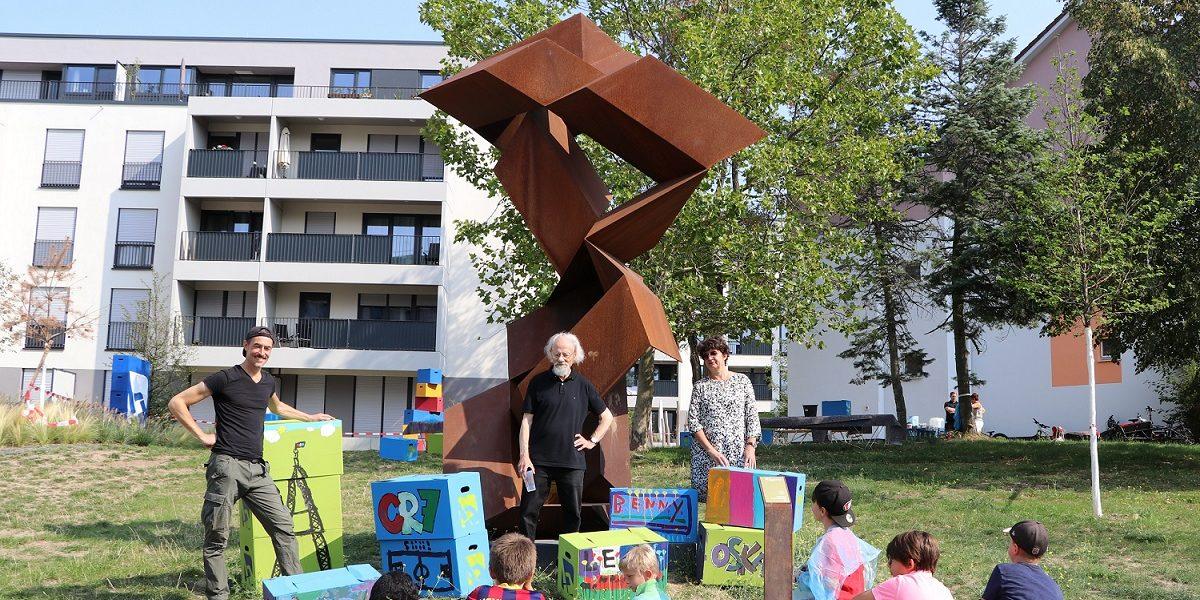 Header Bild Hilderhof-Skulptur in der Lincoln-Siedlung
