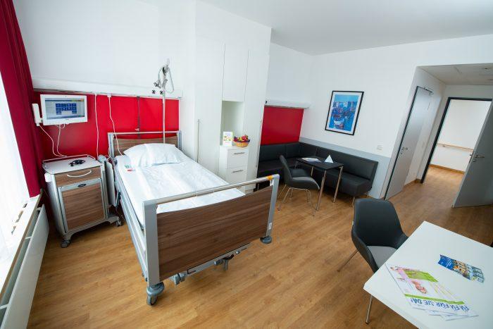 Kliniken und Bereiche beziehen Zentralen Neubau