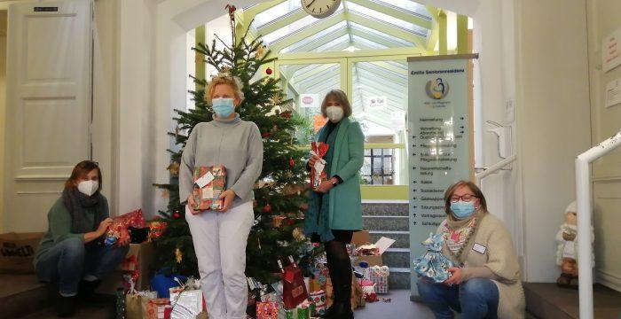 Aktion Weihnachtswichteln in der Emilia Seniorenresidenz