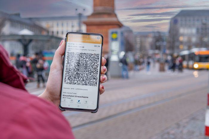 Die HEAG mobilo-App jetzt auch mit Handyticket