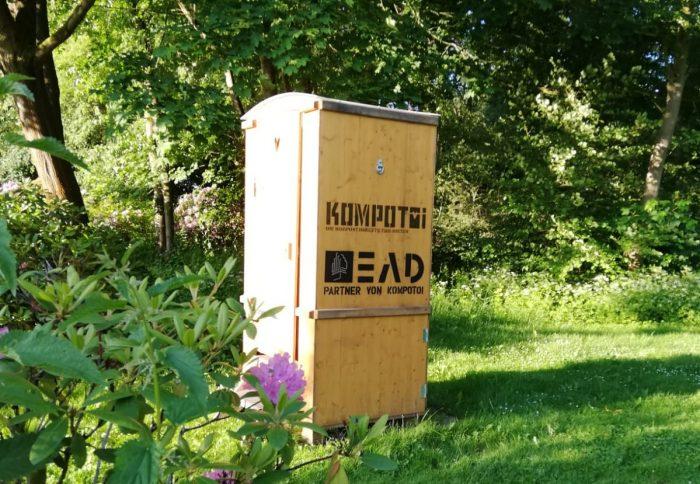 EAD bietet Vermietung von umweltfreundlichen Komposttoiletten