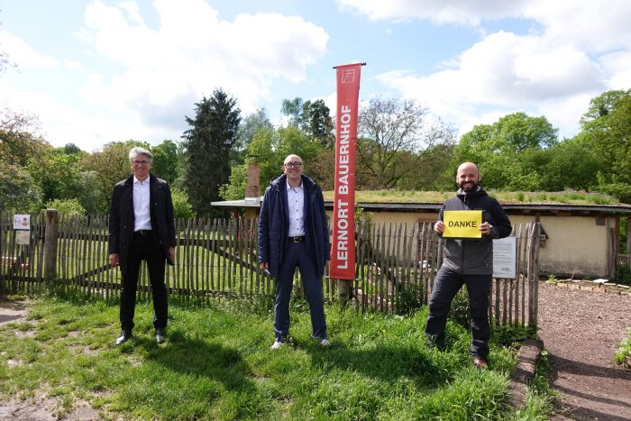 HEAG unterstützt Projekt Lernort Bauernhof auf dem Hofgut Oberfeld