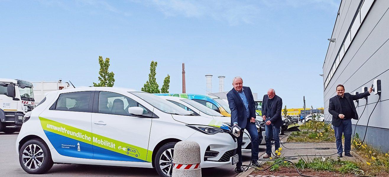Header Bild EAD nimmt leistungsstarke Ladeinfrastruktur für städtische E-Fahrzeuge in Betrieb