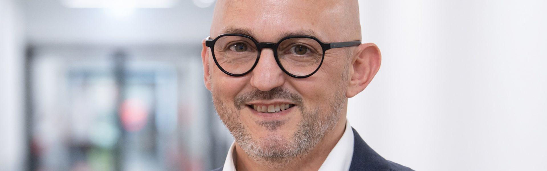 Header Bild Michele Tarquinio Espadas ist neuer Pflegedirektor des Klinikums Darmstadt